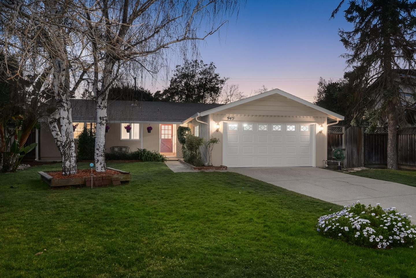 Detail Gallery Image 1 of 1 For 943 Populus Pl, Sunnyvale,  CA 94086 - 3 Beds   2 Baths