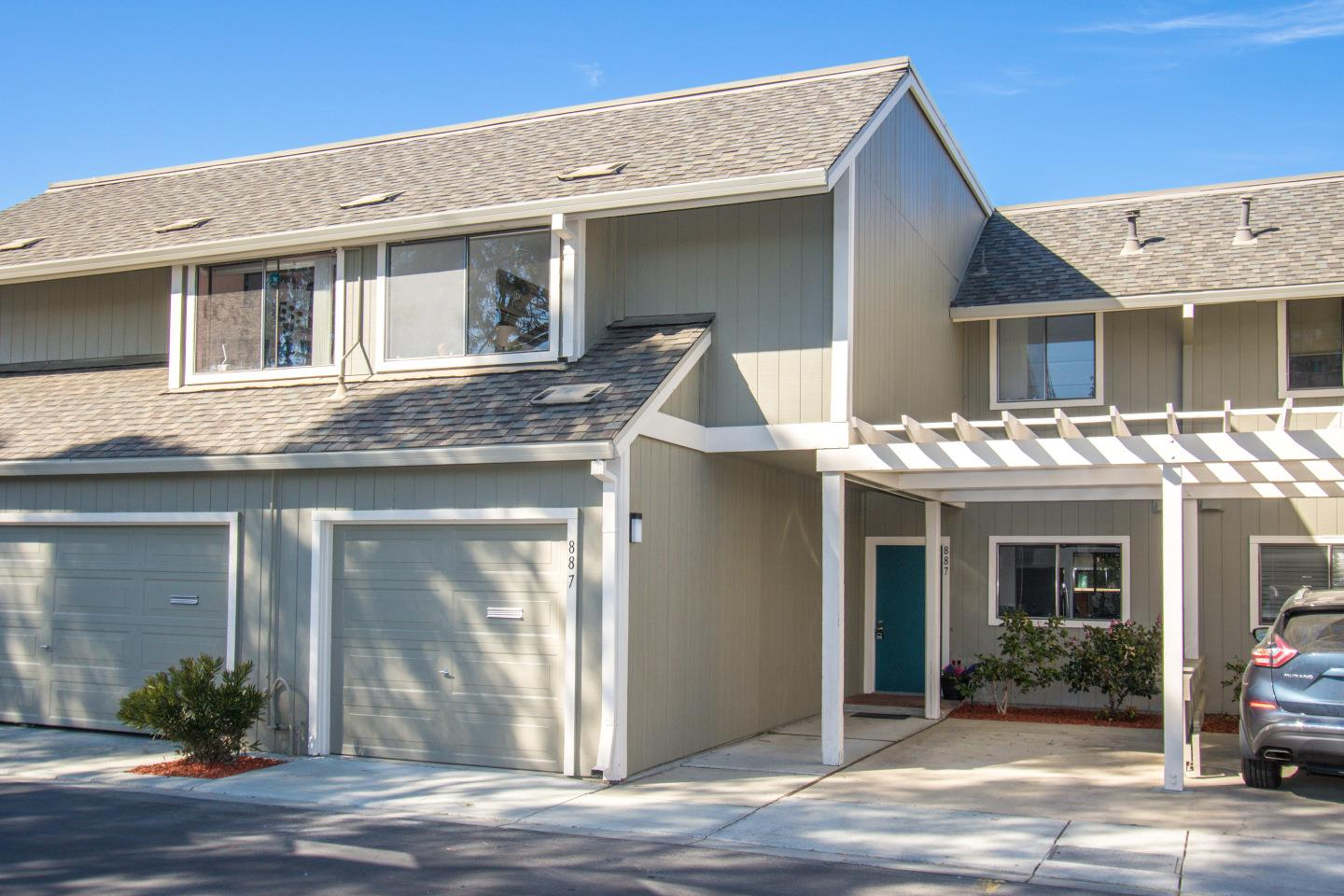 Detail Gallery Image 1 of 1 For 887 Ursa Ln, Foster City, CA 94404 - 2 Beds | 2/1 Baths
