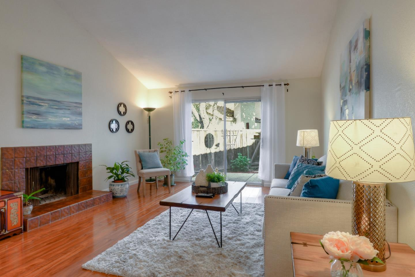 Detail Gallery Image 1 of 1 For 151 Mission Dr, East Palo Alto,  CA 94303 - 2 Beds | 2 Baths