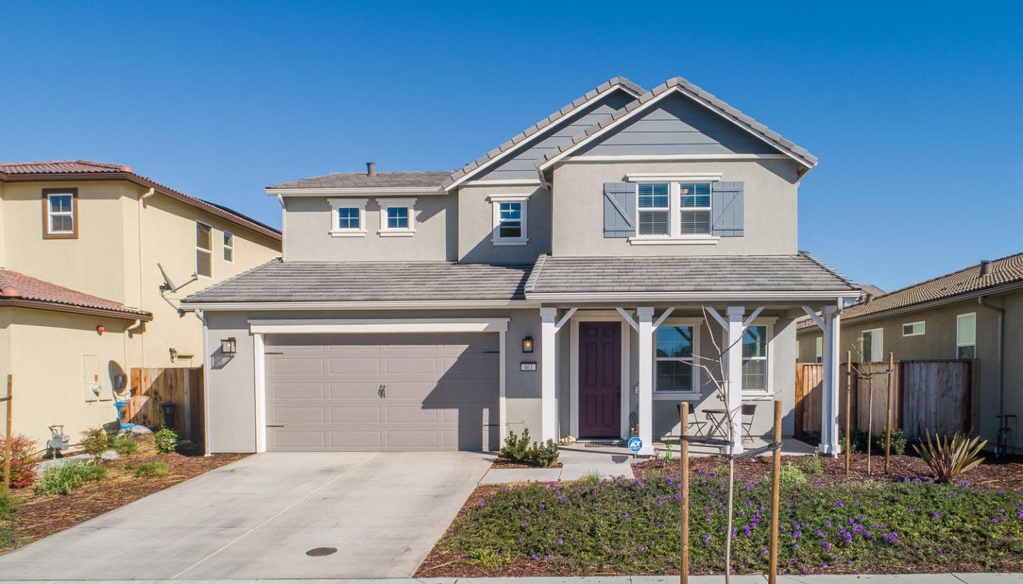Detail Gallery Image 1 of 1 For 461 Toledo Dr, Hollister,  CA 95023 - 5 Beds | 2/1 Baths