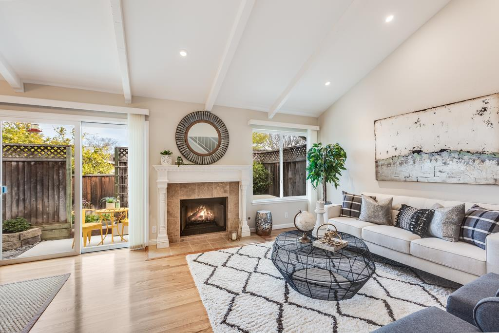 Detail Gallery Image 1 of 1 For 569 Manet Ter, Sunnyvale,  CA 94087 - 3 Beds | 2/1 Baths