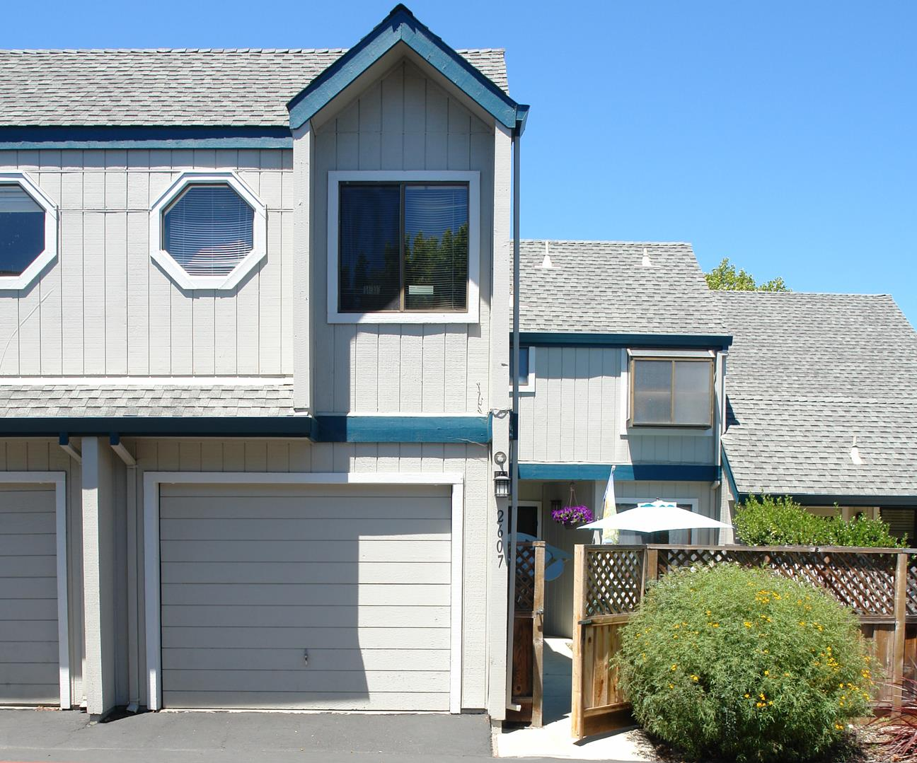 Detail Gallery Image 1 of 27 For 2607 Mallory Ln, Santa Cruz, CA 95065 - 3 Beds | 2/1 Baths
