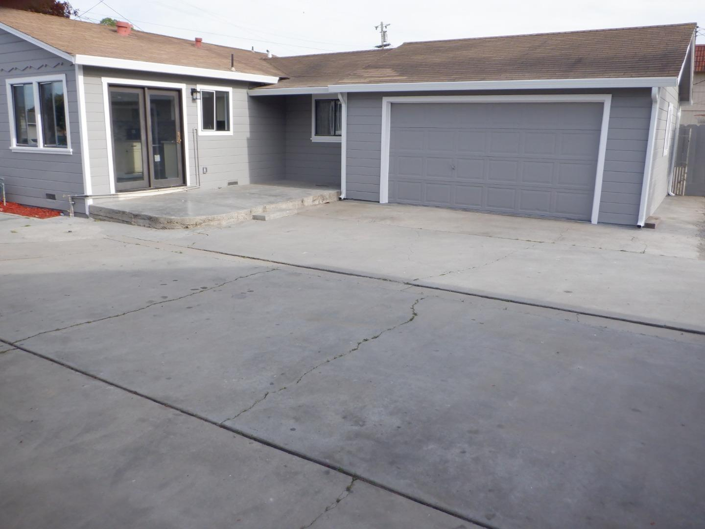 Detail Gallery Image 1 of 1 For 1124 Acosta St, Salinas,  CA 93905 - – Beds | – Baths