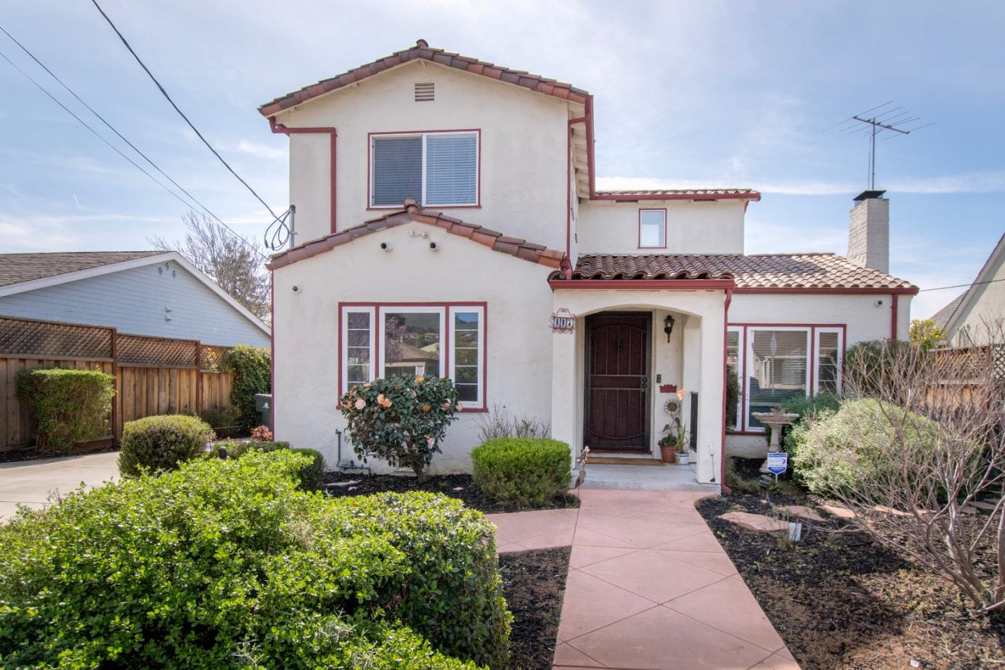 Detail Gallery Image 1 of 1 For 117 S Claremont Ave, San Jose,  CA 95127 - 3 Beds   2 Baths
