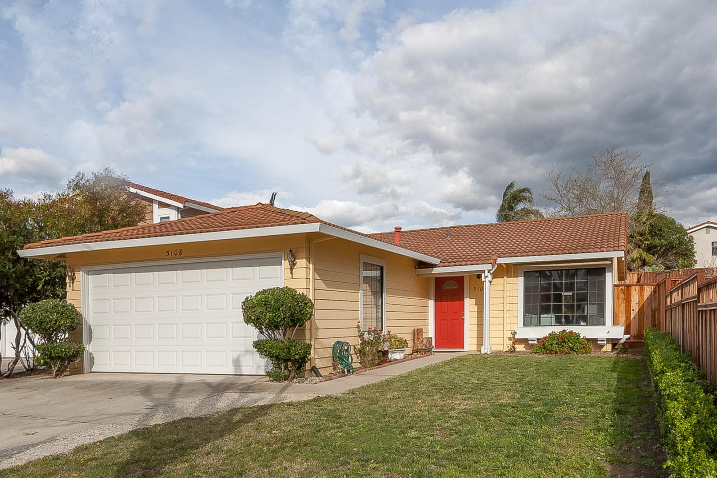 Detail Gallery Image 1 of 1 For 3108 Whitesand Dr, San Jose,  CA 95148 - 3 Beds | 2 Baths