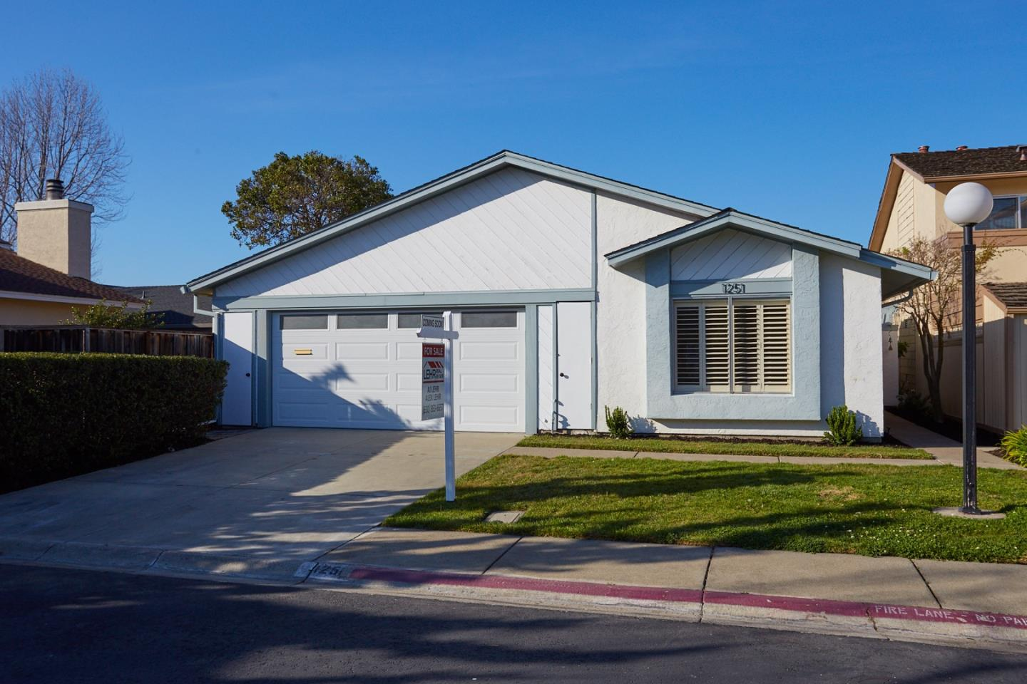 Detail Gallery Image 1 of 1 For 1251 Martinique Ln, Foster City,  CA 94404 - 3 Beds   2 Baths