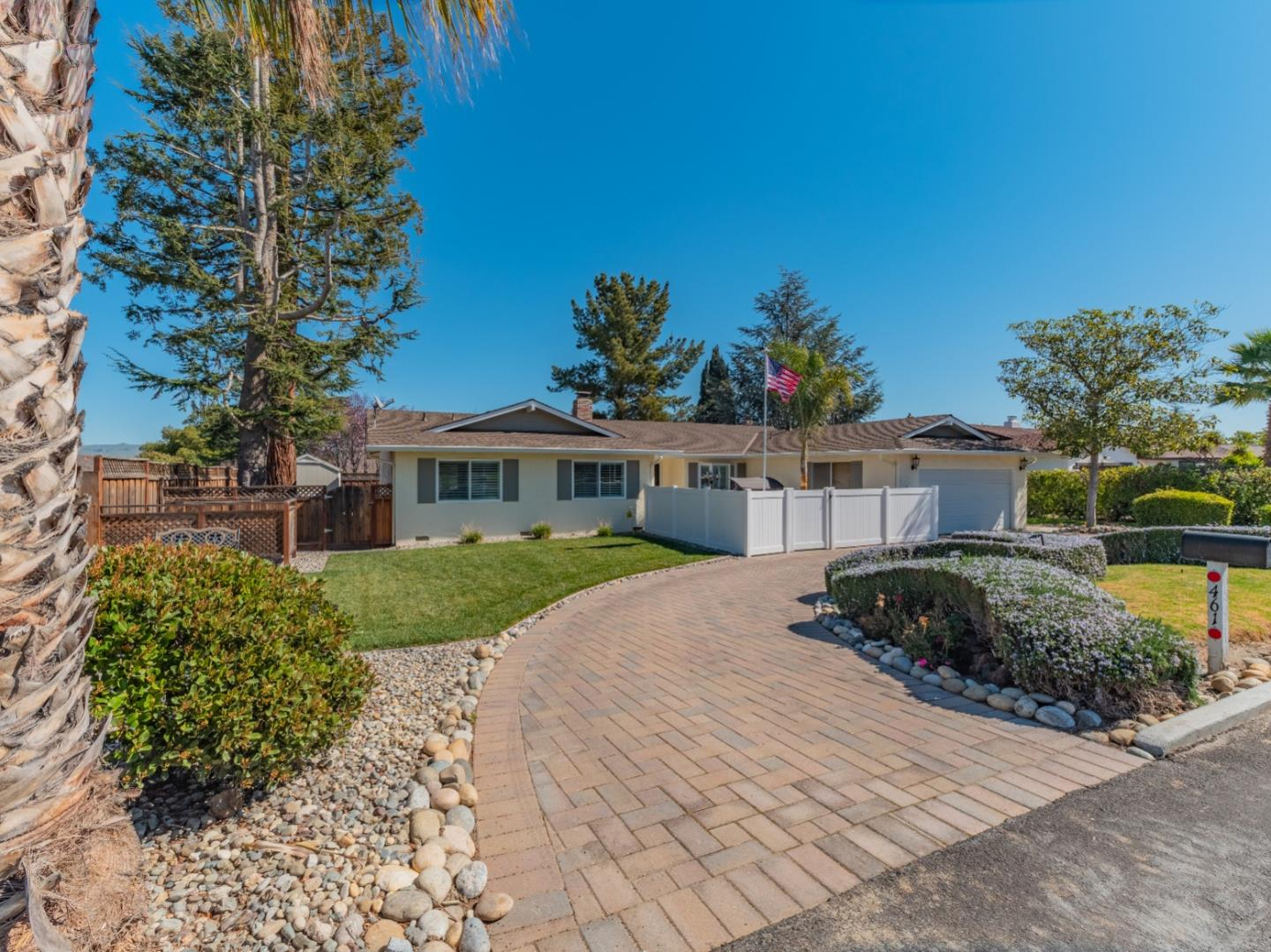 Detail Gallery Image 1 of 1 For 461 Donald Dr, Hollister, CA 95023 - 3 Beds | 2 Baths