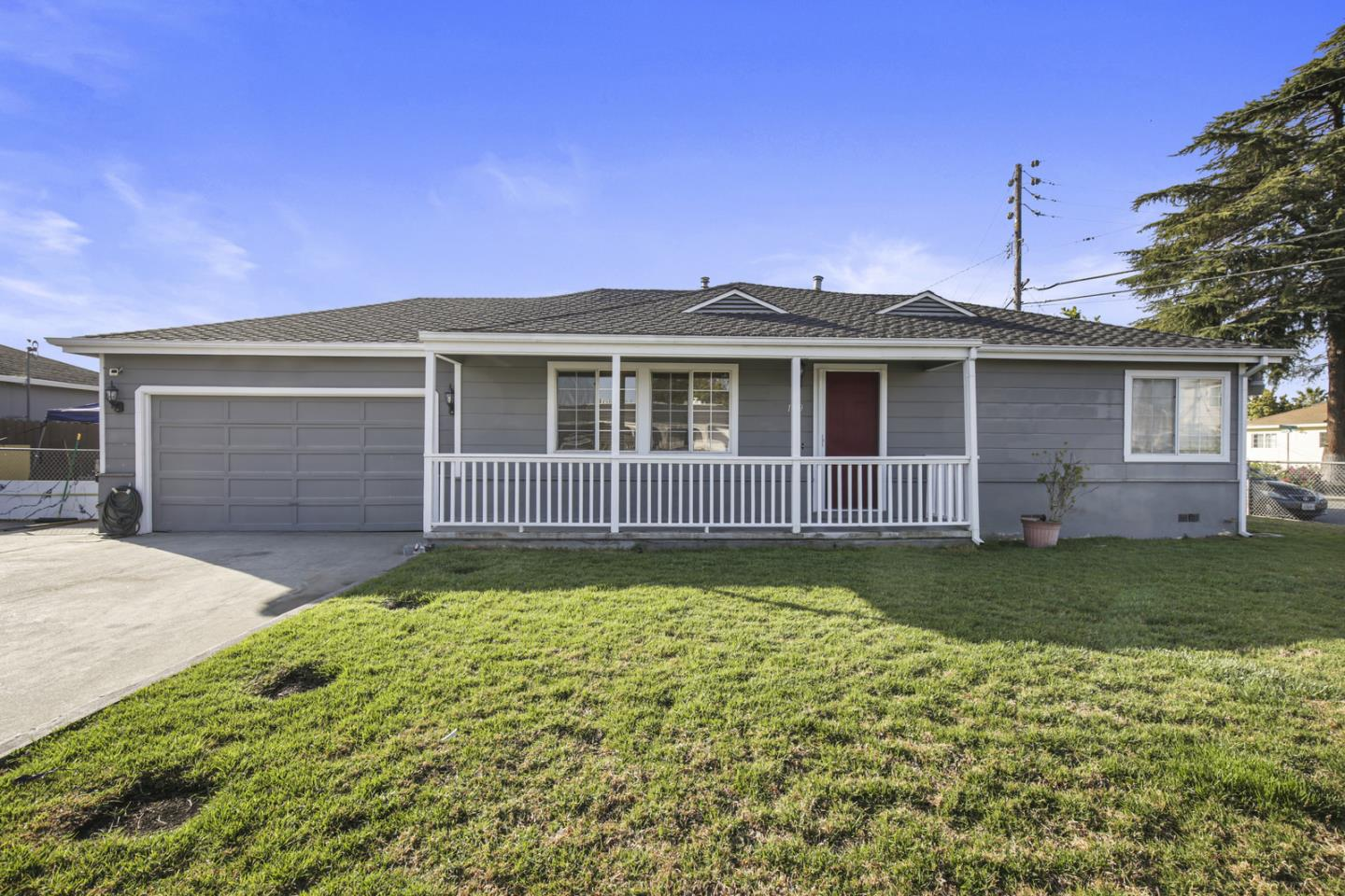 Detail Gallery Image 1 of 1 For 159 Gardenia Way, East Palo Alto,  CA 94303 - 3 Beds | 2 Baths