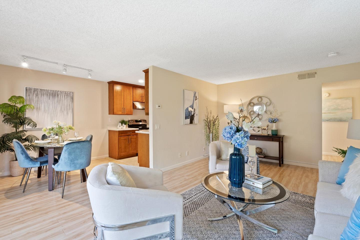 Detail Gallery Image 1 of 1 For 2456 W Bayshore Rd #9, Palo Alto, CA 94303 - 2 Beds | 1 Baths
