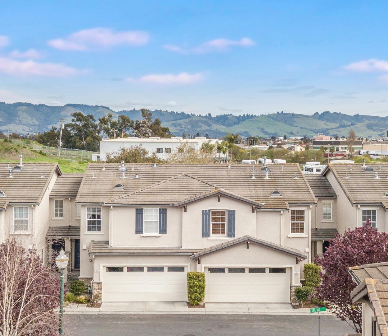 Detail Gallery Image 1 of 1 For 75 Del Rio Ct, Watsonville, CA 95076 - 3 Beds | 2/1 Baths