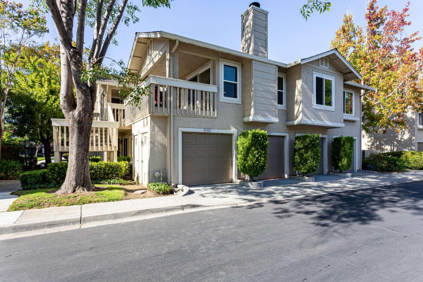 Detail Gallery Image 1 of 1 For 4935 Conway Ter, Fremont,  CA 94555 - 2 Beds | 2 Baths