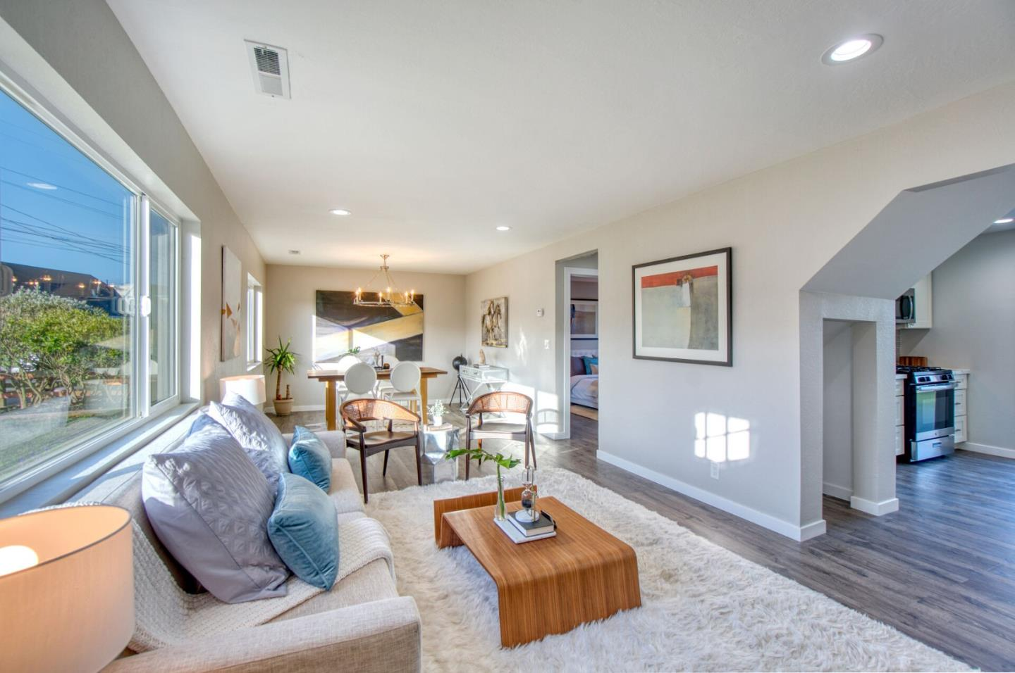 Detail Gallery Image 1 of 14 For 308 Heathcliff Dr, Pacifica, CA 94044 - 3 Beds   2 Baths