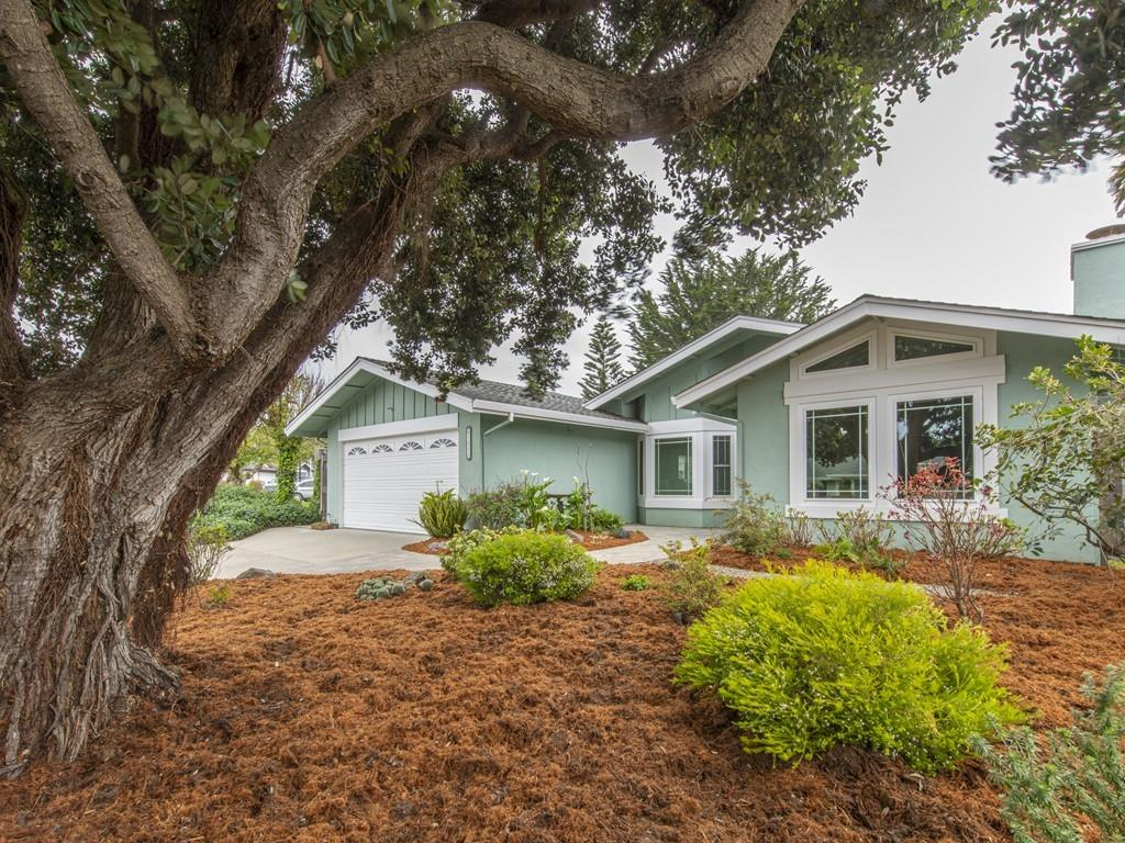 Detail Gallery Image 1 of 1 For 1512 Spinnaker Ln, Half Moon Bay, CA 94019 - 4 Beds | 2 Baths