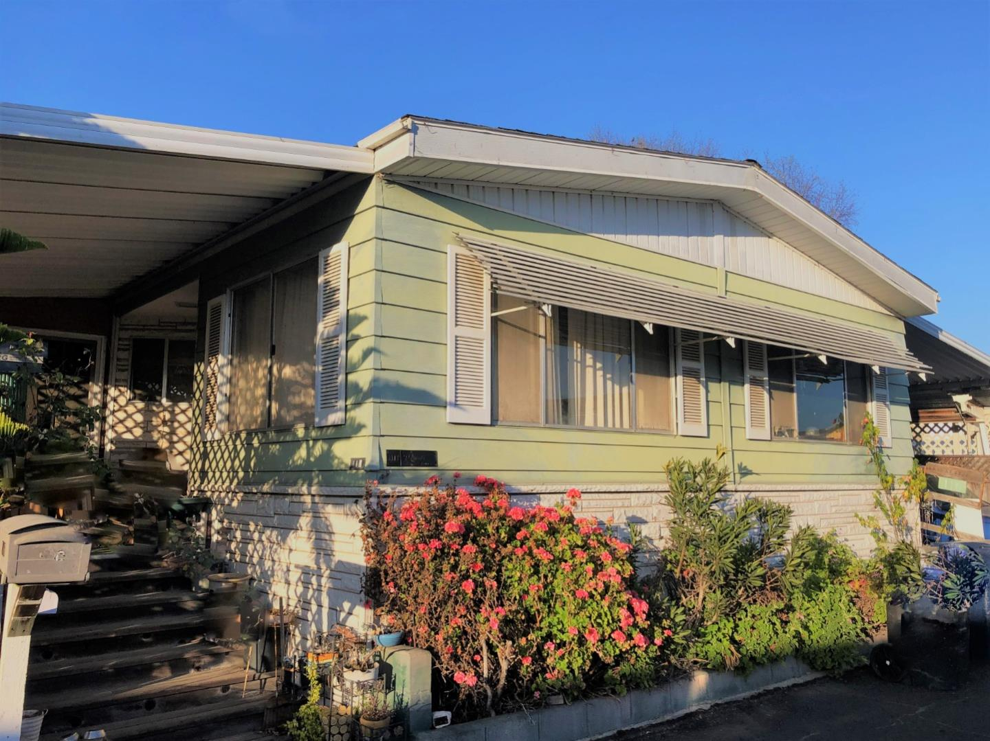 Detail Gallery Image 1 of 1 For 144 Holm Rd #116, Watsonville, CA 95076 - 2 Beds | 2 Baths