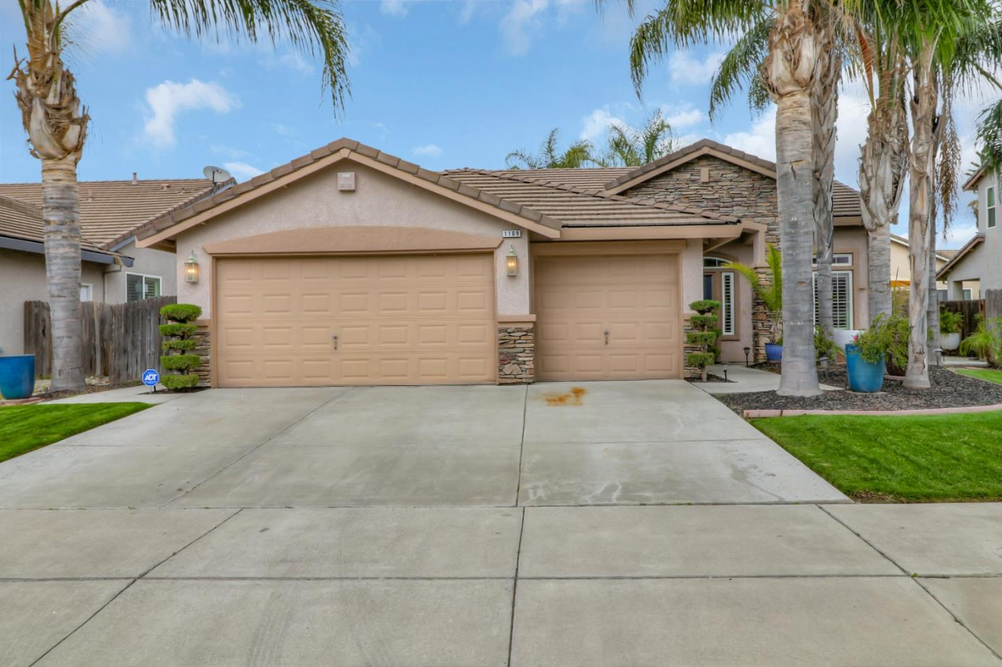 Detail Gallery Image 1 of 1 For 1169 Tranquil Ln, Ceres,  CA 95307 - 4 Beds | 2 Baths