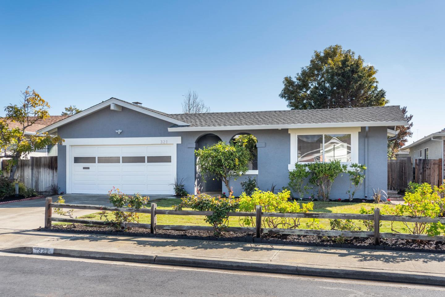 Detail Gallery Image 1 of 1 For 321 Topsail Ct, Foster City, CA 94404 - 3 Beds | 2 Baths