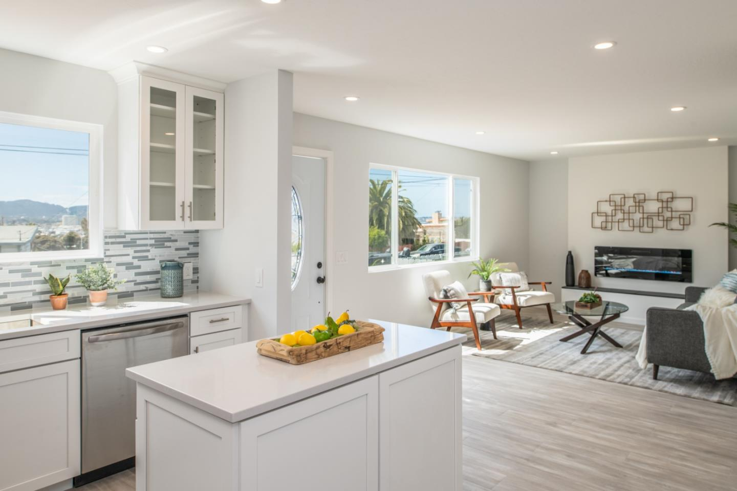 Detail Gallery Image 1 of 1 For 1920 Grandview St, Seaside, CA 93955 - 3 Beds | 2 Baths