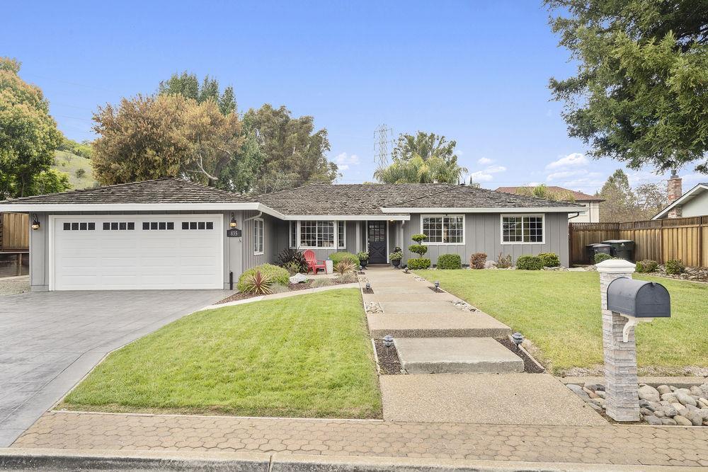 835 Encino Drive Morgan Hill, CA 95037