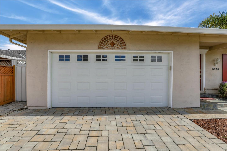 3735 Pinewood Place Santa Clara, CA 95054