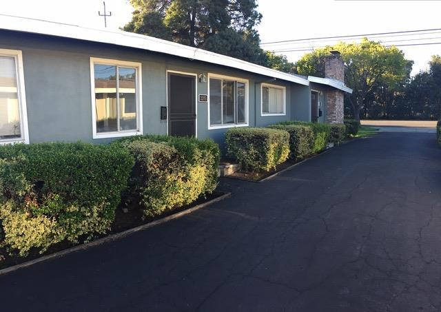 3213 Alma Street Palo Alto, CA 94306