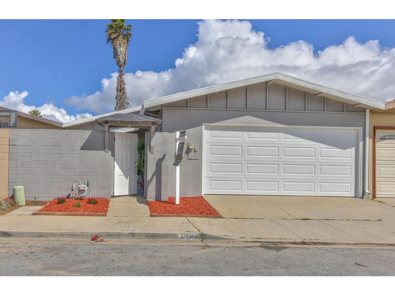 Detail Gallery Image 1 of 1 For 587 Yreka Dr, Salinas,  CA 93906 - 3 Beds | 1/1 Baths