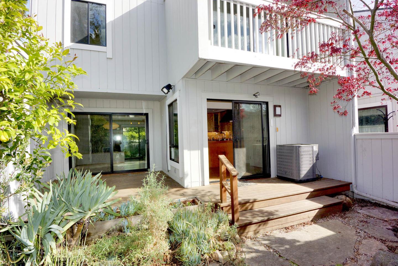 209 Ortega Avenue Mountain View, CA 94040