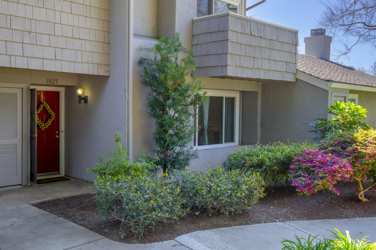 Detail Gallery Image 1 of 1 For 1021 Cumberland Pl, San Jose,  CA 95125 - 2 Beds | 2/1 Baths