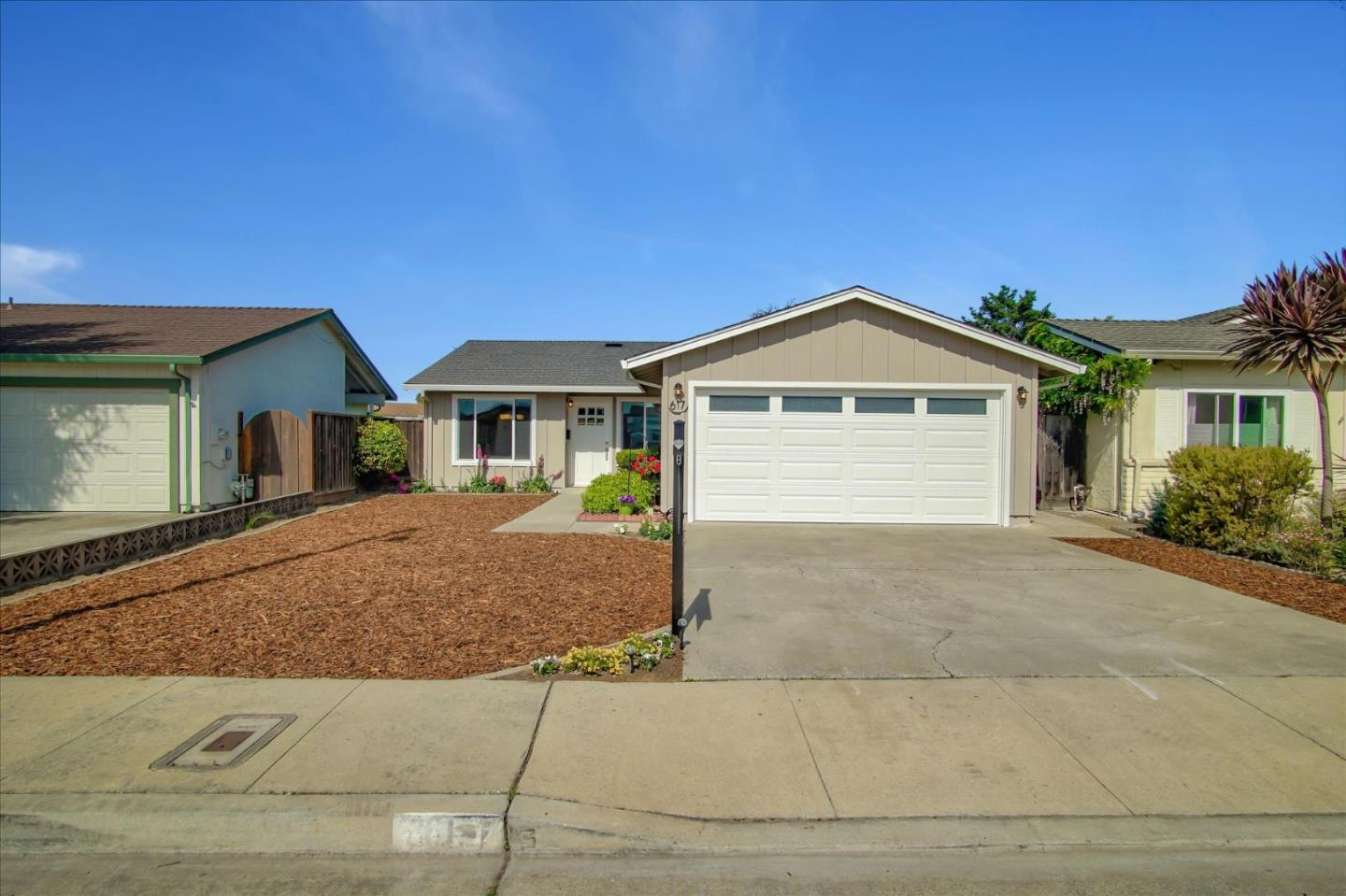 Detail Gallery Image 1 of 24 For 617 Peartree, Watsonville, CA 95076 - 2 Beds | 2 Baths