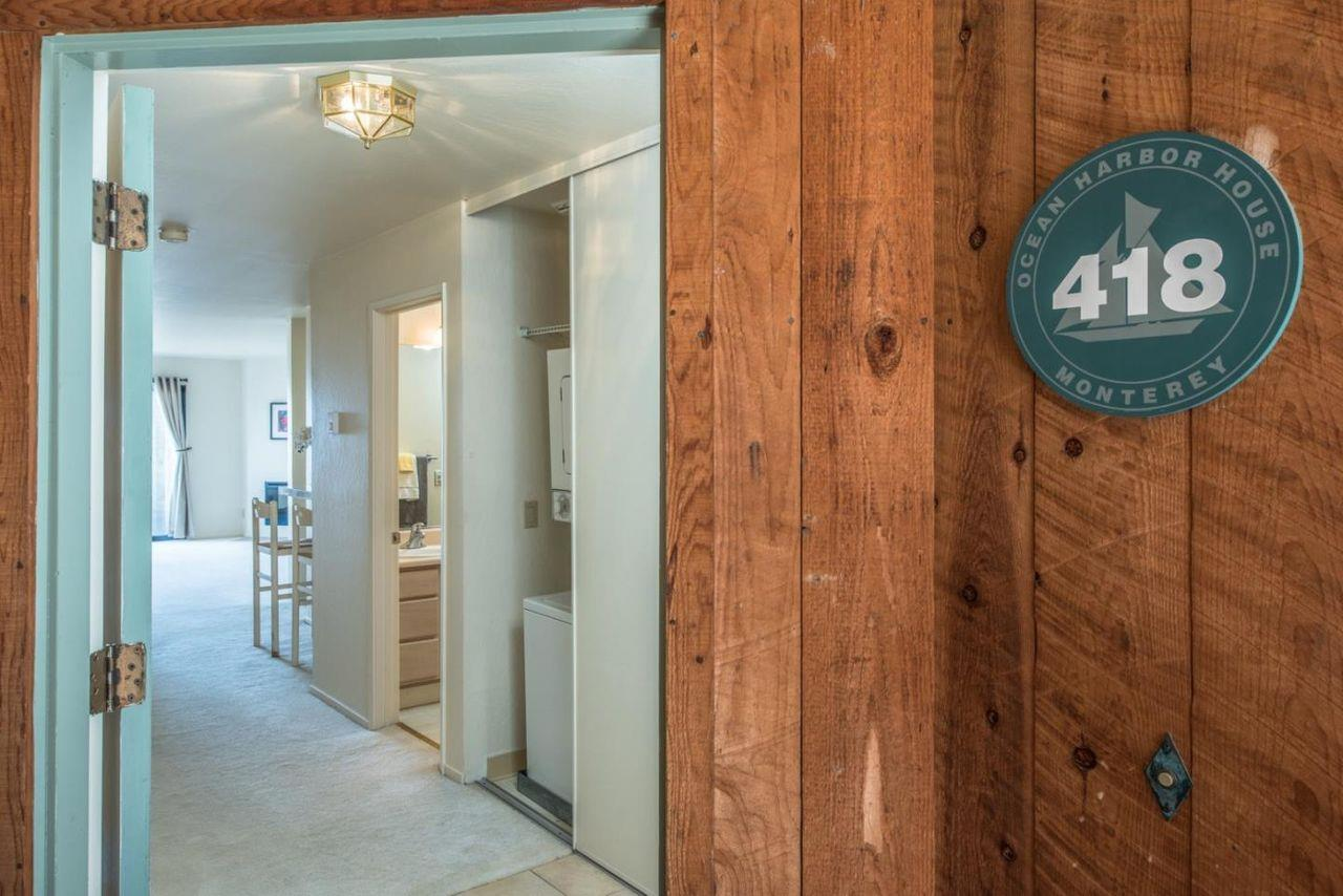 Detail Gallery Image 1 of 19 For 125 Surf Way #418, Monterey, CA 93940 - 2 Beds | 2 Baths