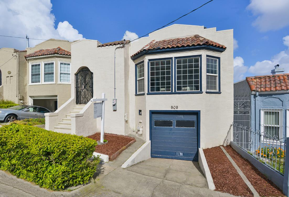 Detail Gallery Image 1 of 54 For 808 Templeton Ave, Daly City, CA 94014 - 2 Beds | 2 Baths
