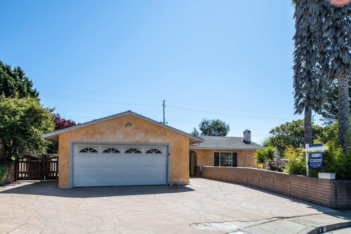 Detail Gallery Image 1 of 39 For 5 Stowe Ct, Seaside, CA 93955 - 3 Beds | 2 Baths