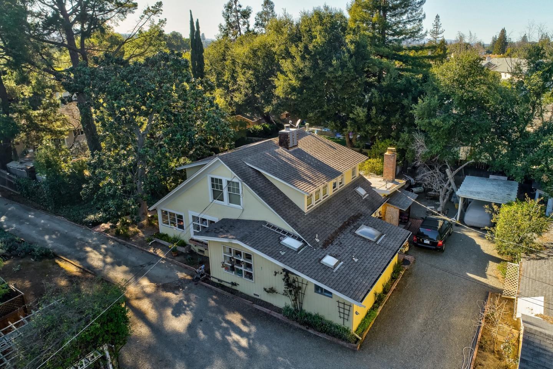165 Giffin Road Los Altos, CA 94022