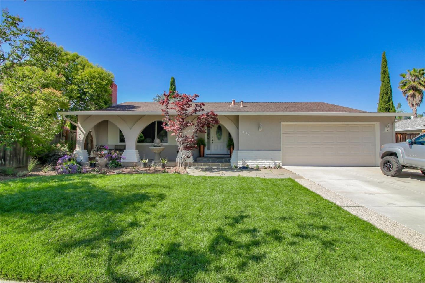 VIRTUAL OPEN HOUSE  5/28 - 6/1  2-4 pm https://zoom.us/j/5369151825 Enjoy this lovely & prestigious neighborhood in Almaden Vly  San Jose  mins walk to shops & Los Alamitos School, close to Quicksilver Newer remodeled home on spacious lot 9186 sq ft ,3 bedrooms plus  extra rm, 2 full baths with 1673 sq. ft. area home., easy access to hwy 85, to commute  to Silicon Valley business area..Well designed floor plan offers  view of the mountain from the vaulted ceiling living rm, newer remodeled kitchen granite counter top, ceramic back splash, adding high end Kitchen Aid appliances, double pane  windows,, master bath with  glazed tiles and frame less shower doors, laminate wood flooring , crown molding, 5 in wide base boards,interior and exterior paint, and more! Beyond the patio deck is a lush backyard, where the sparkling newer plastered pool, to entertain, relax and enjoy outdoor after a stressful day from work. .Extra room for your office,children playroom. A Pride of Ownership!