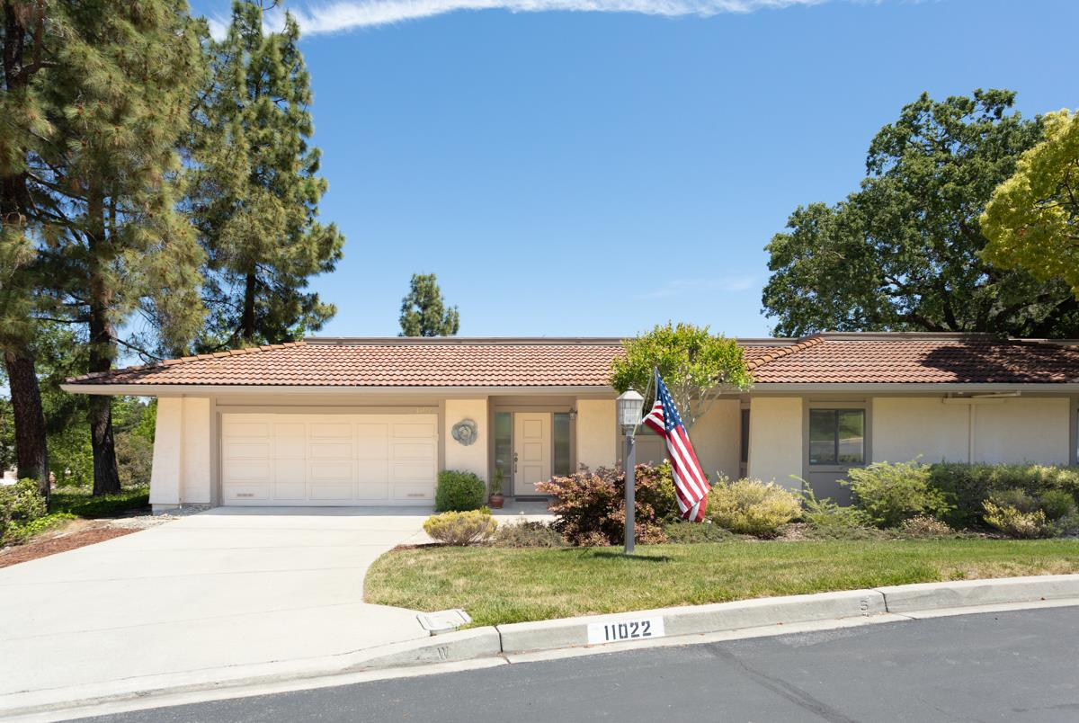 Detail Gallery Image 1 of 59 For 11022 Canyon Vista Dr, Cupertino, CA 95014 - 2 Beds | 2 Baths