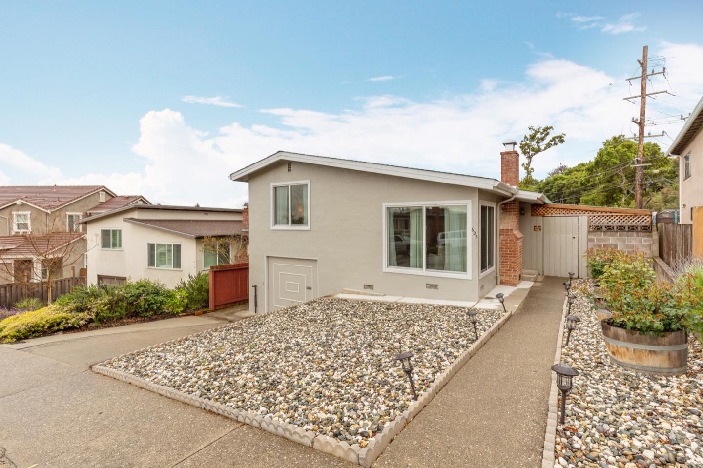 Detail Gallery Image 1 of 1 For 623 Pepper Dr, San Bruno, CA 94066 - 3 Beds | 1 Baths