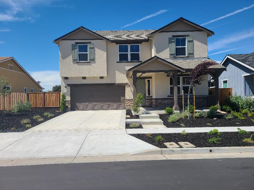 Detail Gallery Image 1 of 1 For 210 Copperleaf Ln Lot 12, San Juan Bautista, CA 95045 - 5 Beds | 3 Baths