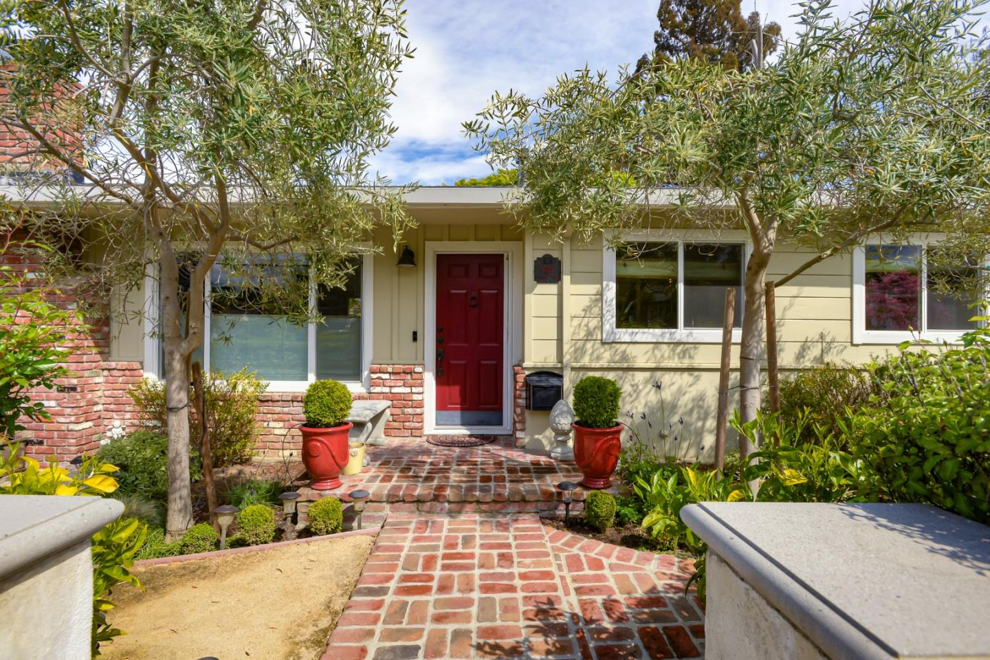 Detail Gallery Image 1 of 1 For 1 Maple Way, San Carlos,  CA 94070 - 3 Beds | 2 Baths