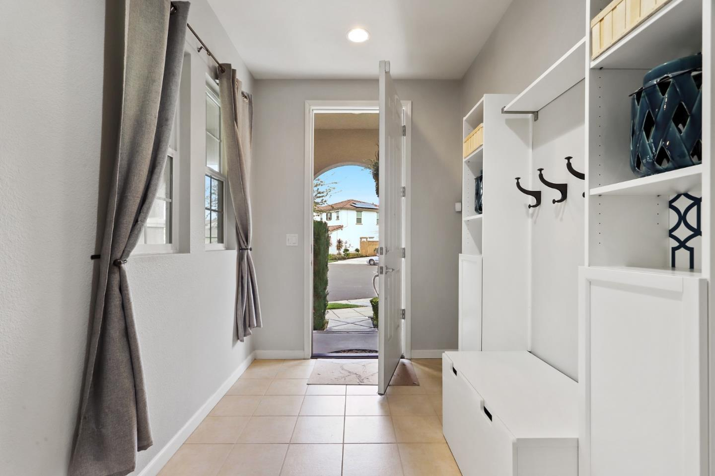 Detail Gallery Image 1 of 1 For 761 N Taos Ct, Mountain House, CA 95391 - 3 Beds | 2/1 Baths