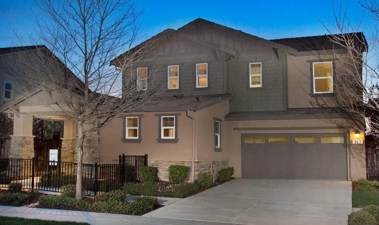 Detail Gallery Image 1 of 11 For 963 Walcott Ave, Mountain House, CA 95391 - 4 Beds | 3/1 Baths
