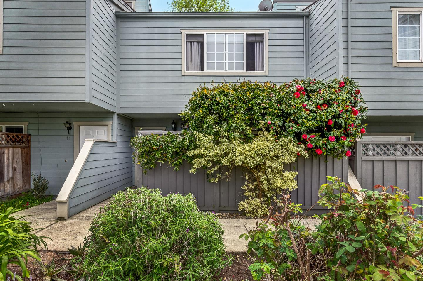 Detail Gallery Image 1 of 1 For 4350 Clares St #10,  Capitola,  CA 95010 - 2 Beds | 1/1 Baths