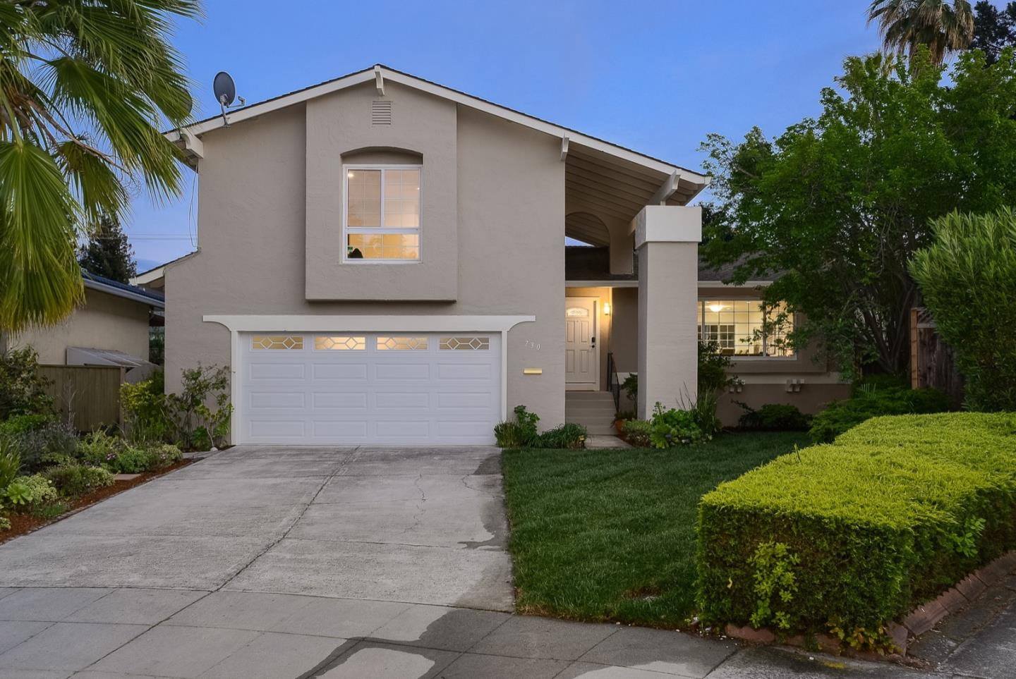 Detail Gallery Image 1 of 1 For 730 Calico Ct, Sunnyvale, CA 94086 - 4 Beds | 2/1 Baths