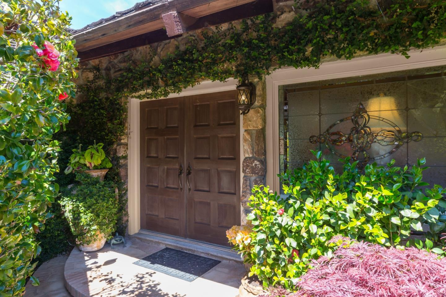 Detail Gallery Image 1 of 52 For 16129 Greenwood Ln, Los Gatos, CA 95030 - 5 Beds | 3/2 Baths