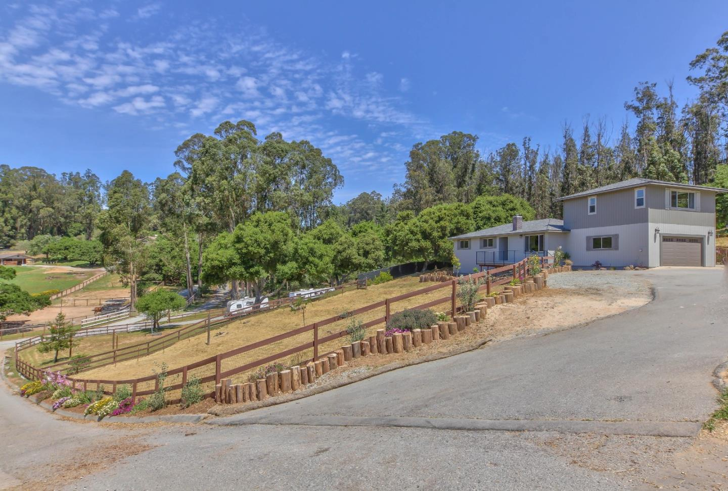 Detail Gallery Image 1 of 1 For 6769 Langley Canyon Rd, Salinas, CA 93907 - 4 Beds   3 Baths