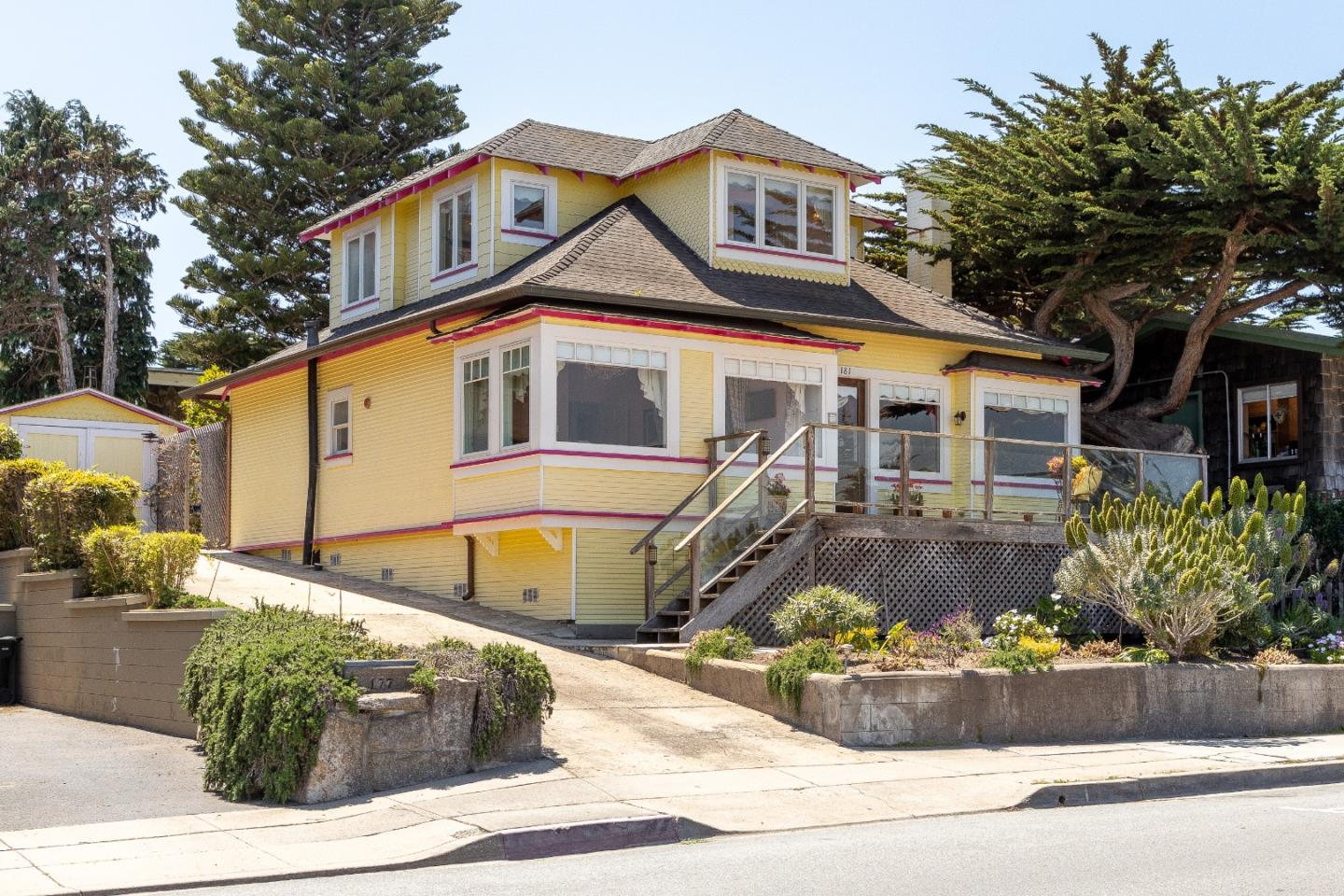 Photo of 181 Ocean View BLVD, PACIFIC GROVE, CA 93950