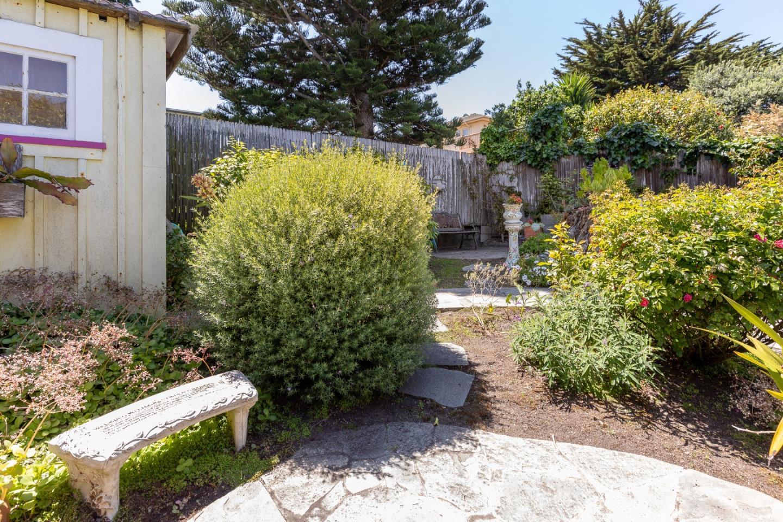 181 Ocean View BLVD Pacific Grove, CA 93950