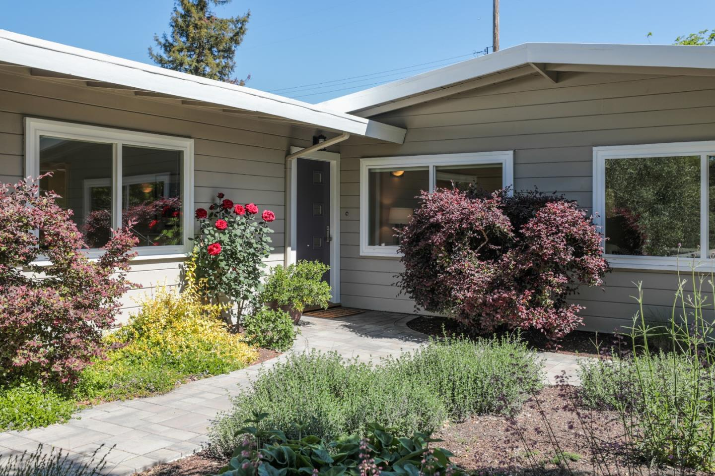 Detail Gallery Image 1 of 1 For 3555 Murdoch Dr, Palo Alto,  CA 94306 - 3 Beds   2 Baths