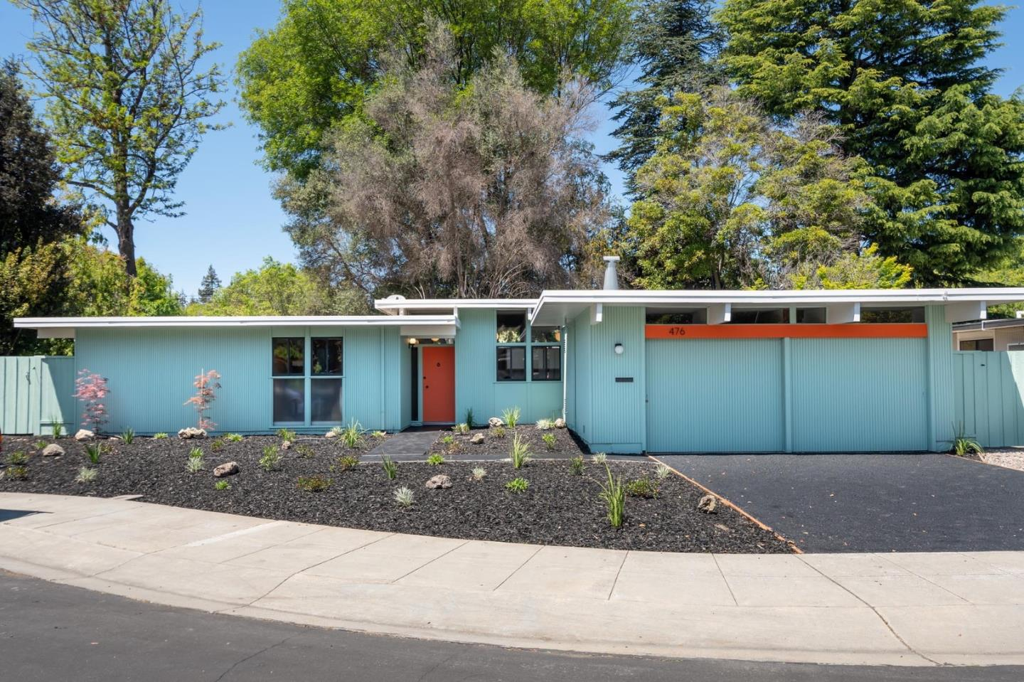 Detail Gallery Image 1 of 1 For 476 Ferne Ave, Palo Alto,  CA 94306 - 4 Beds   2 Baths