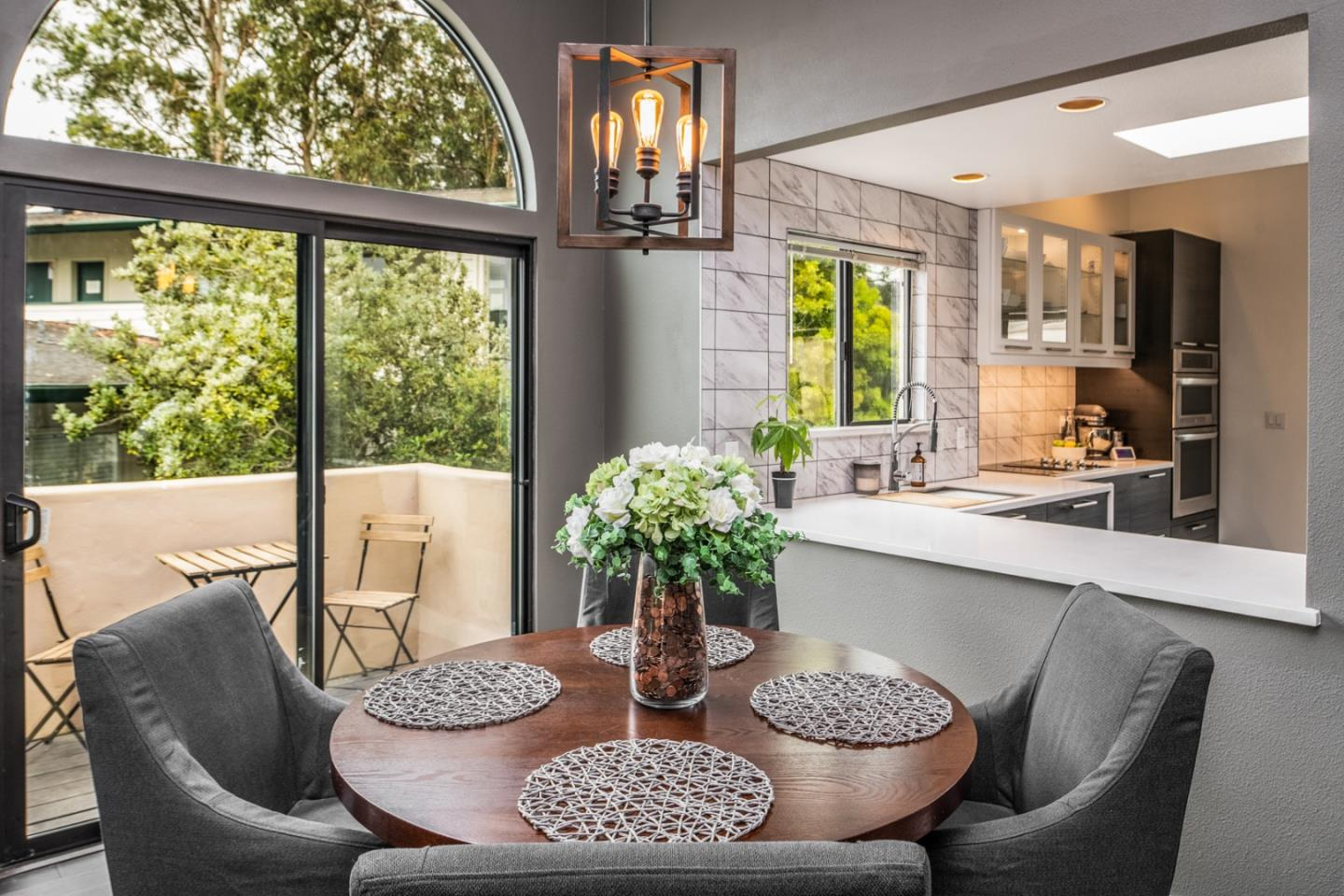 Detail Gallery Image 1 of 1 For 7 Via Joaquin #16, Monterey, CA 93940 - 2 Beds   2/1 Baths