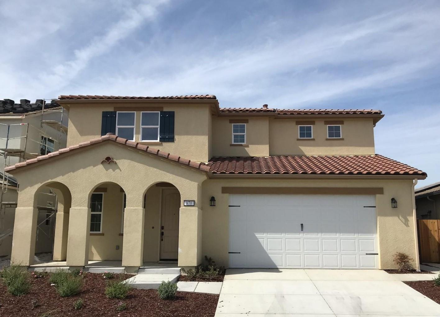 Detail Gallery Image 1 of 1 For 870 Cordoba Way, Hollister, CA 95023 - 4 Beds | 2/1 Baths