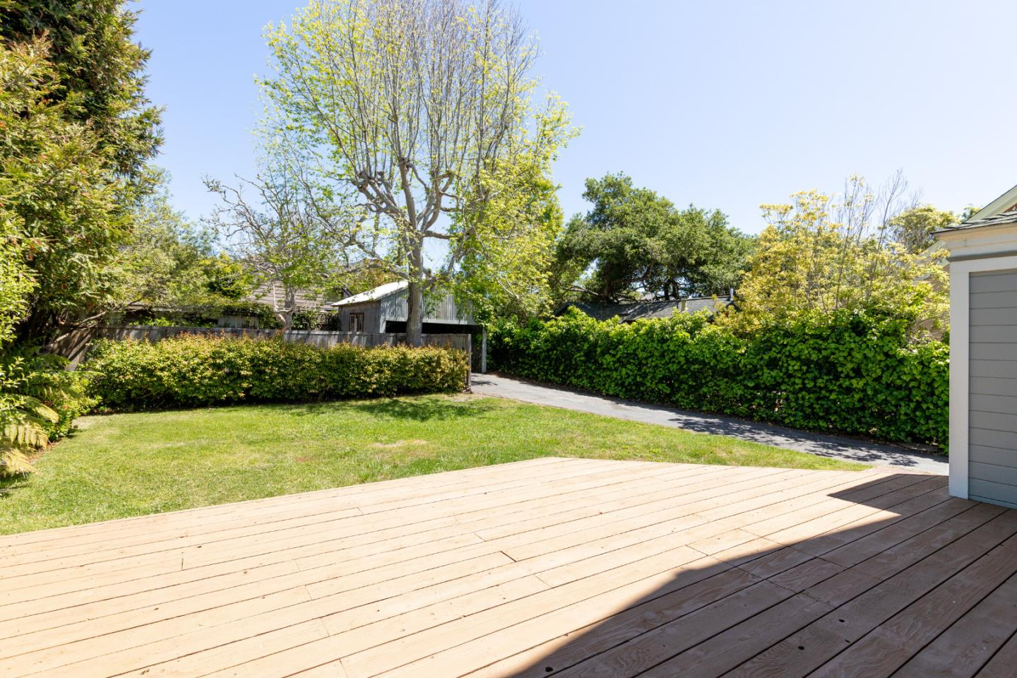 106 Cliff AVE Capitola, CA 95010